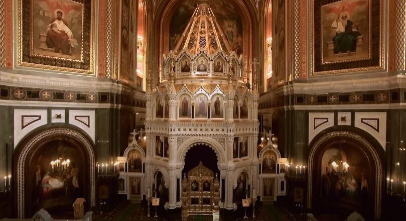 Фото храма Христа Спасителя внутри.