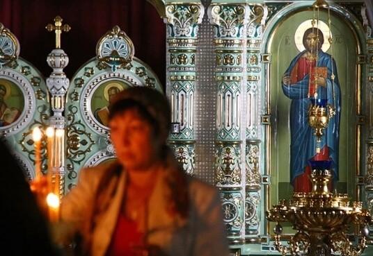 Икона Христа Спасителя в Голосеевском монастыре замироточила.